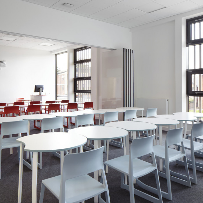 Reading, Queen Anne's School The Space Classroom